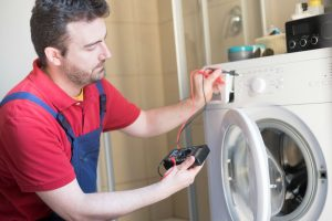 repairman-washing-machine